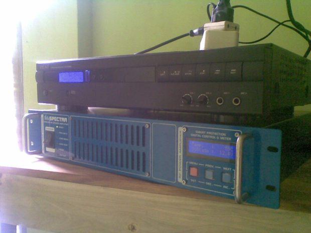 peralatan pembuatan radio